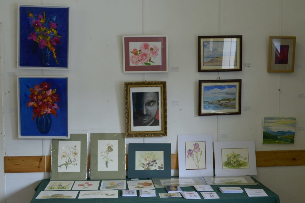 Many artist's greetings cards sold well. 25_c33clachanart06