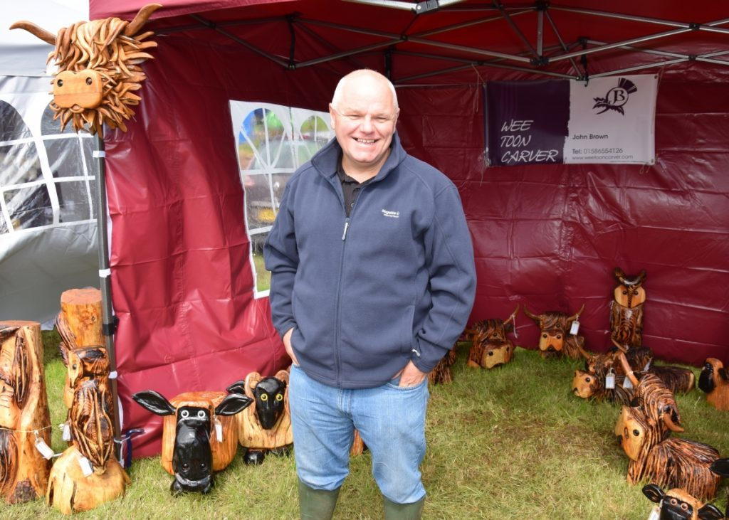 Wee Toon Carver, John Brown, had many agricultural-themed creations for sale at the show. 50_c32kintyreshow20_wee toon carver