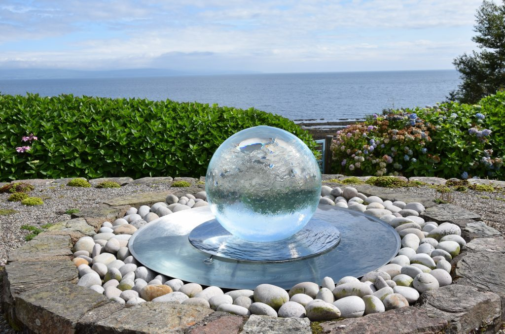 It is easy to see where Christine gets the inspiration for her seascapes. 50_c35anceardach15_orb sea view
