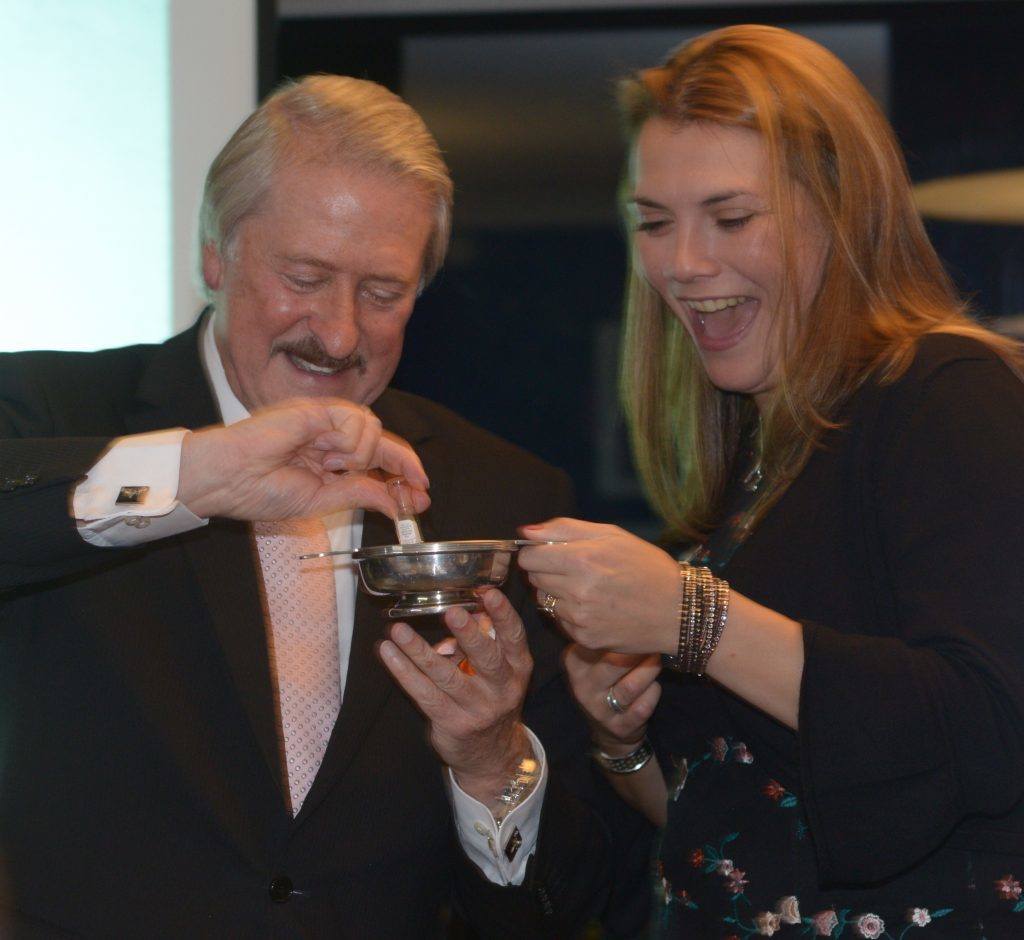 The Scotch Malt Whisky Society's Nicola Young was given a special sample from a £50,000 bottle of Dalmore distilled in 1966. Richard Paterson poured two phials into a quaich. 25_c41whisky09_quaich