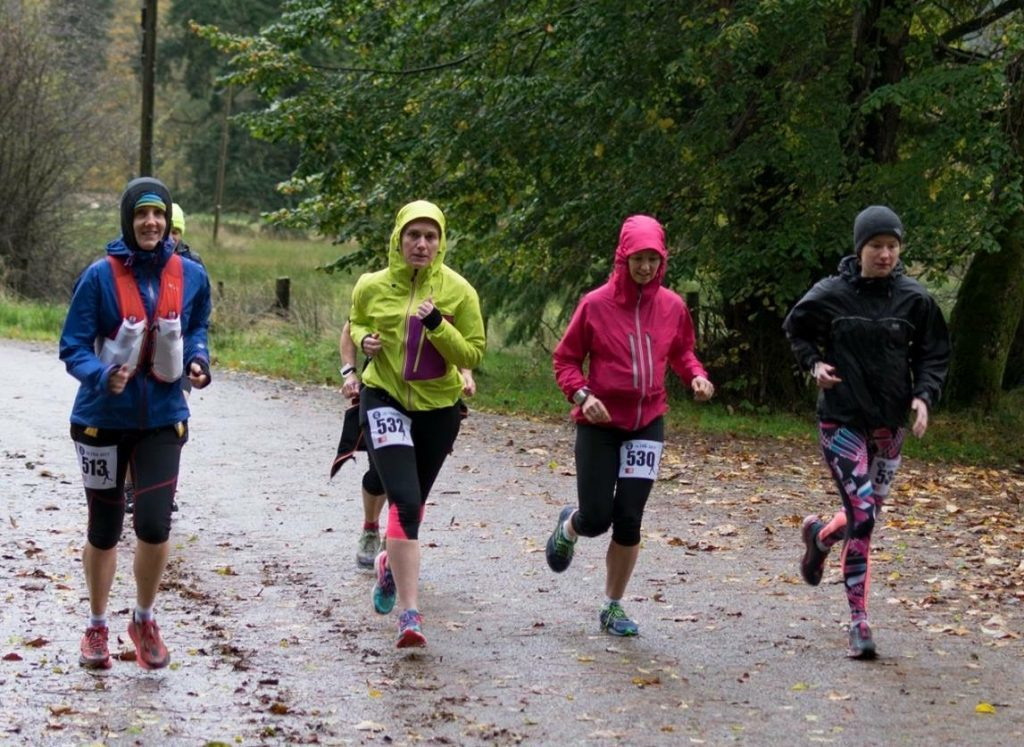 Sarah McFadzean, Kerry O'May, Elaine McGeachy and Trudy Kennedy stride out on the route. NO_c43cowal02_running