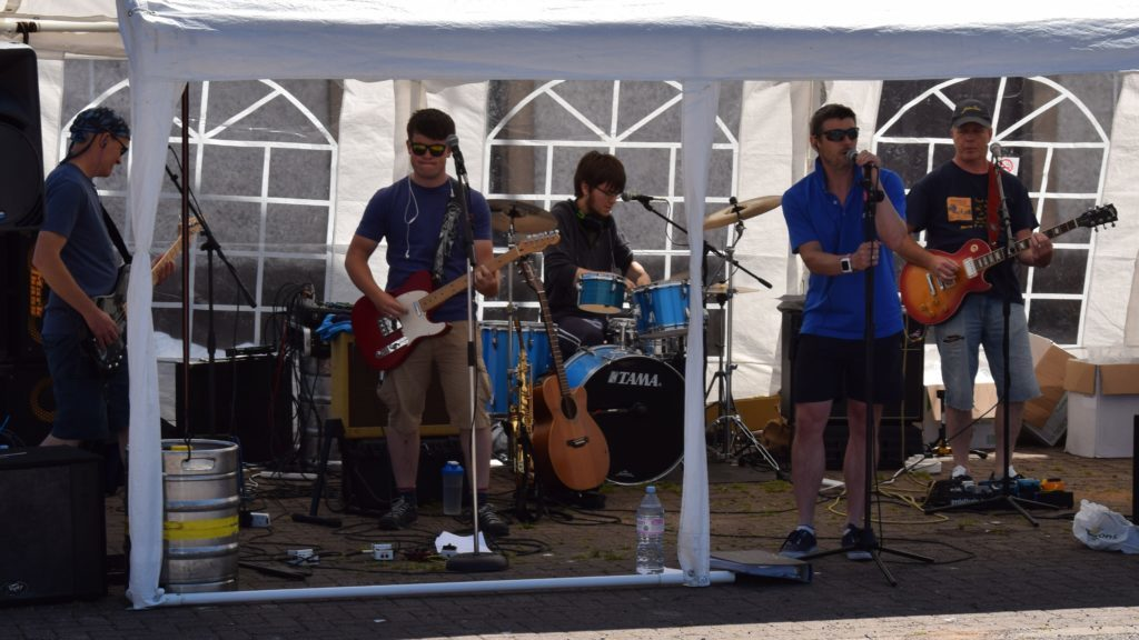 Gubbed provided live music all afternoon.