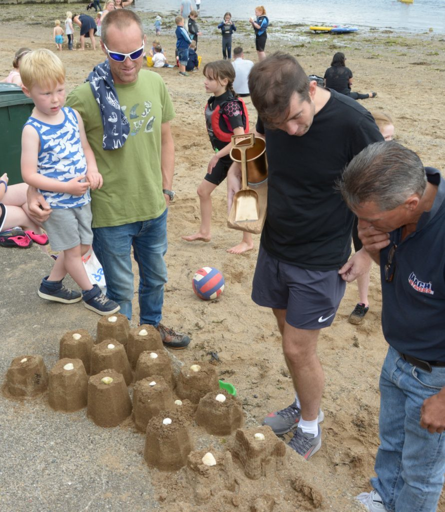 A series of castles with solid foundations. 25_c32sandcastles06_solid_foundations