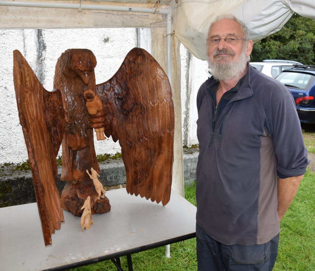 Margo's partner, woodcarver Henry Murdo, displayed some impressive pieces.