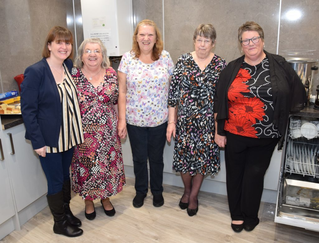 Susan Ellis, Cathy Duncan, Betty Mason, Veronica Martin and Catherine McDougall helped in the kitchen.