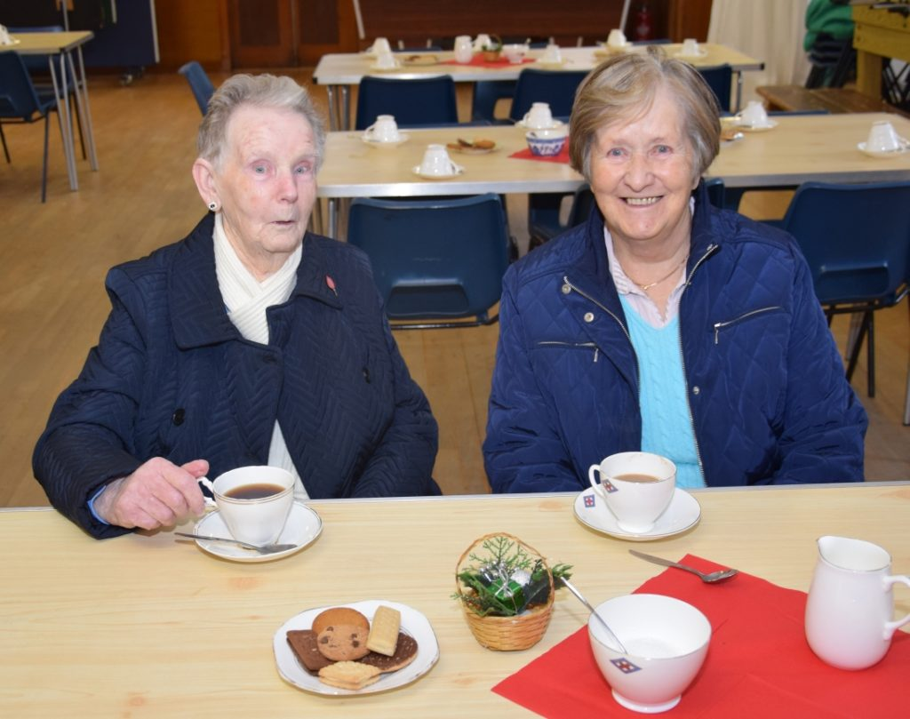 Isabel Campbell and Jean Armour enjoyed a cuppa.