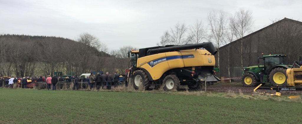 A New Holland CX8070 combine which reached the highest price.