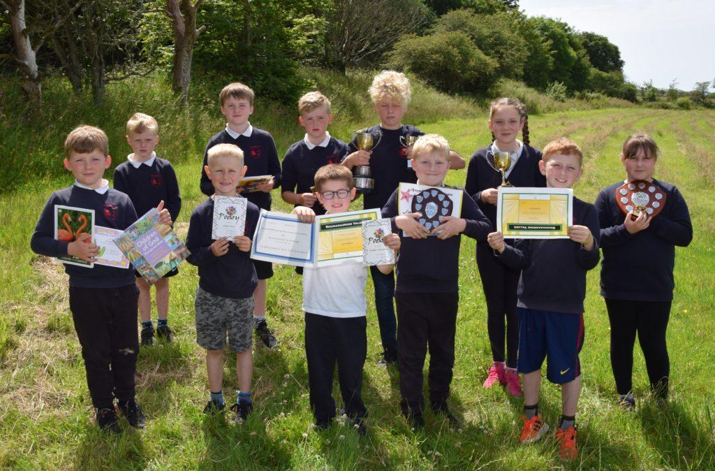 Rhunahaorine Primary School's prize-winning pupils.