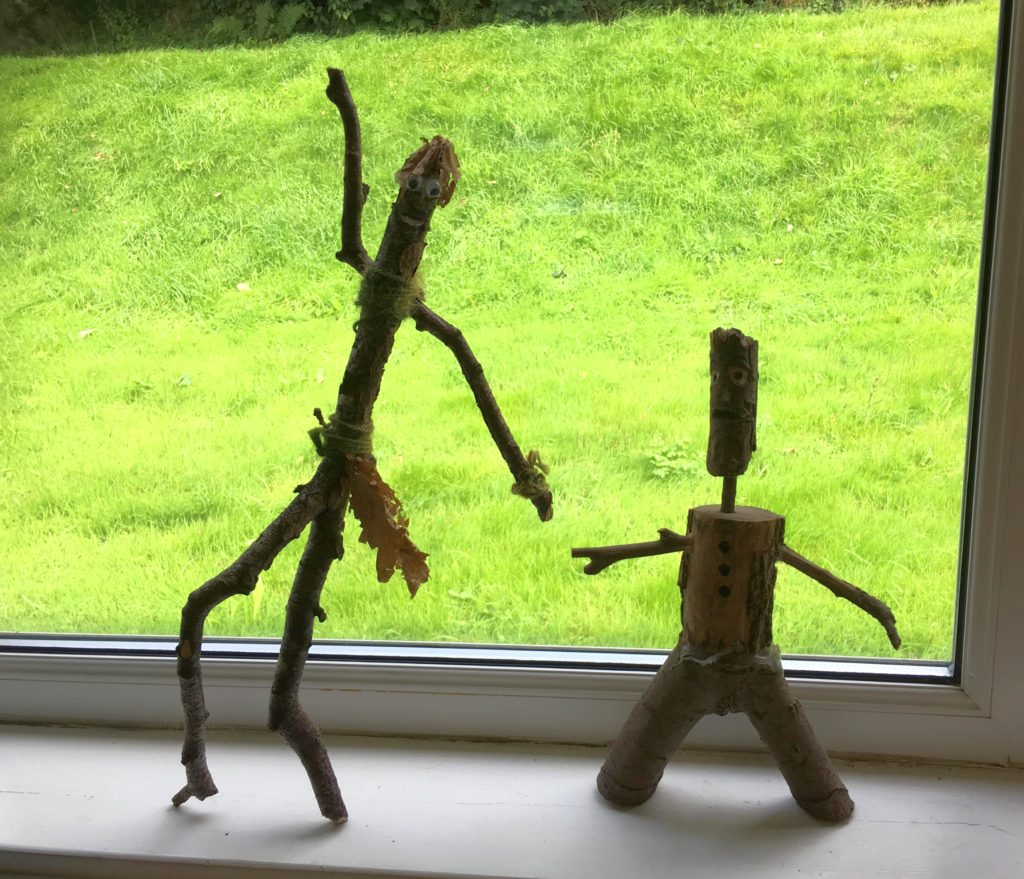 These wooden dudes appeared to be having a great time.