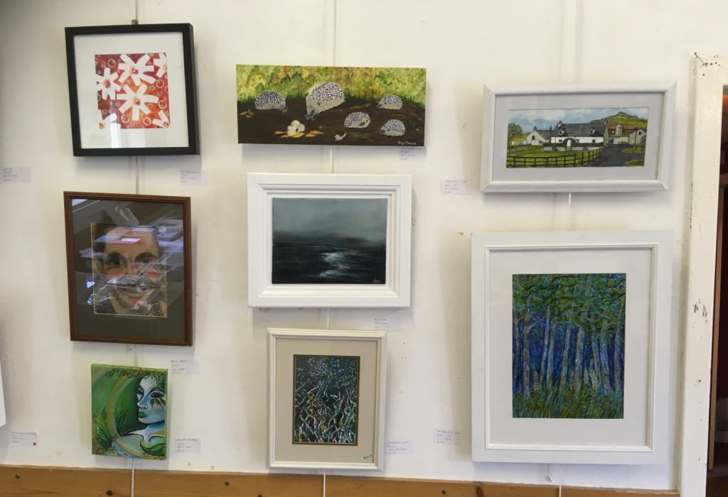 Many beautiful and varied paintings were submitted.