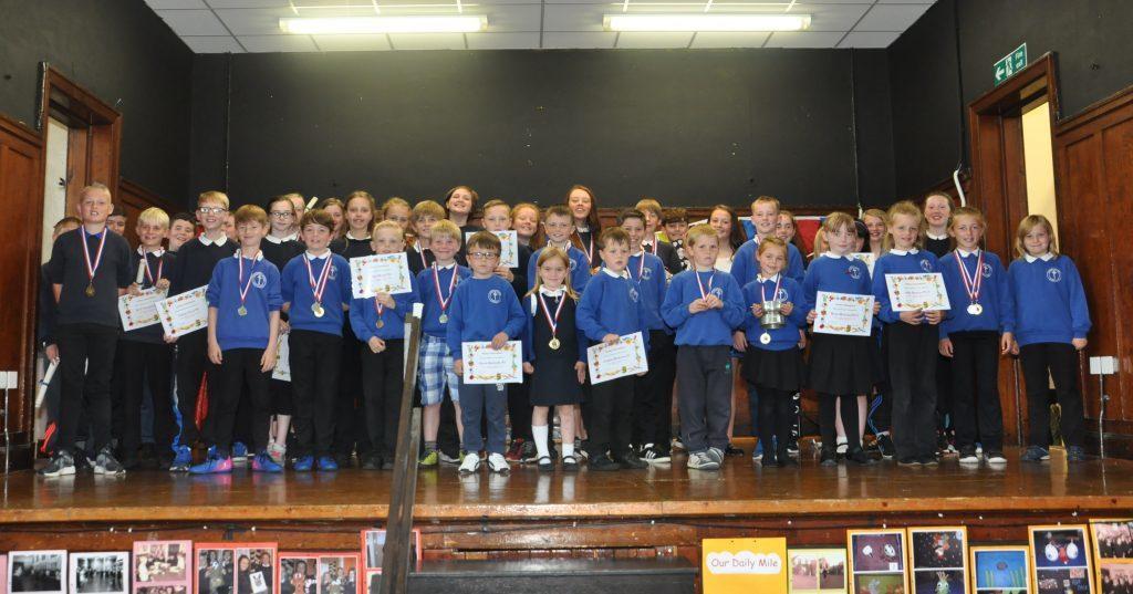 Castlehill primary's prize-winning pupils