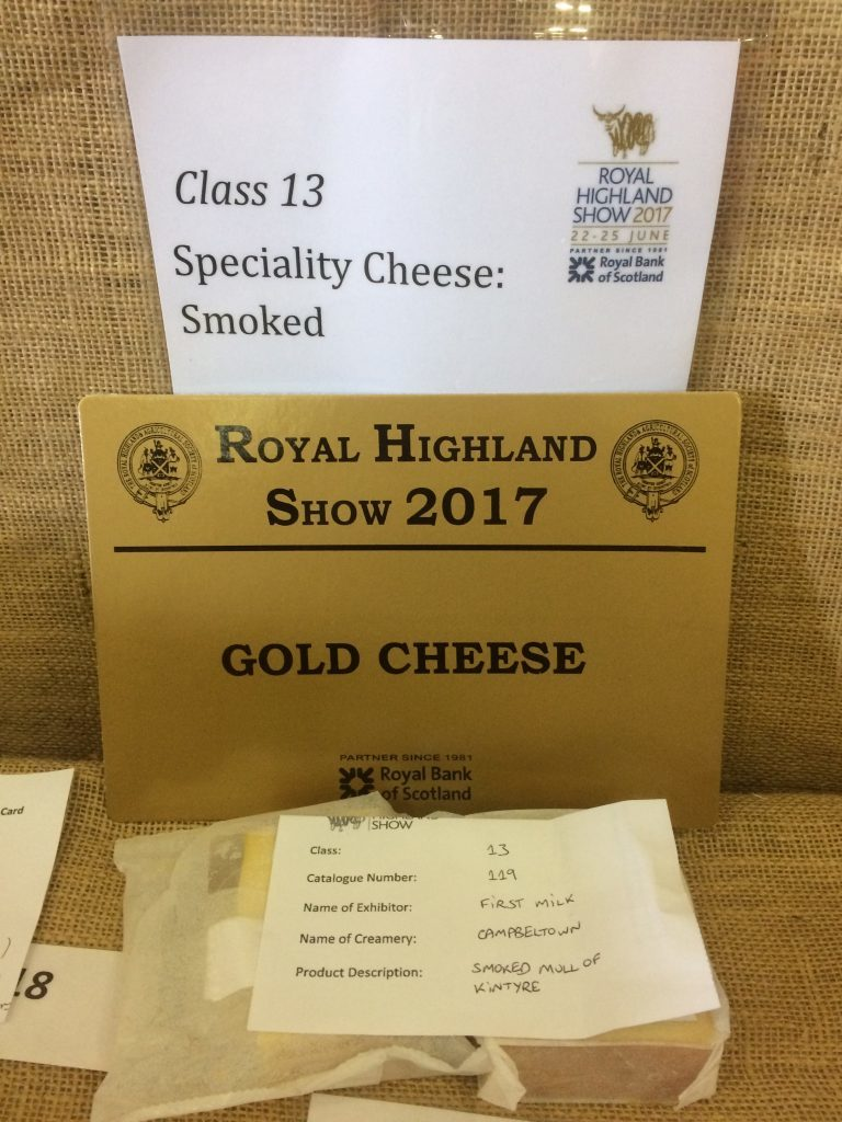 Campbeltown creamery cheese smokes show competitors