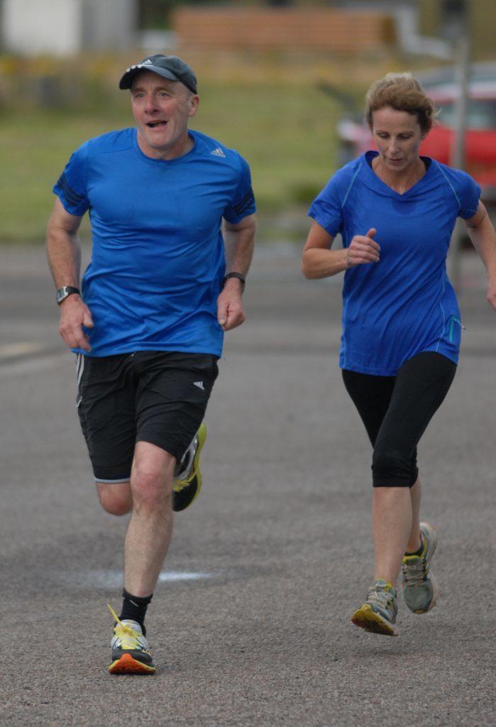 Handicap race runners final fling