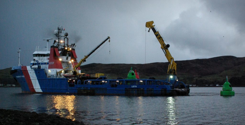 Campbeltown Loch buoy maintenance