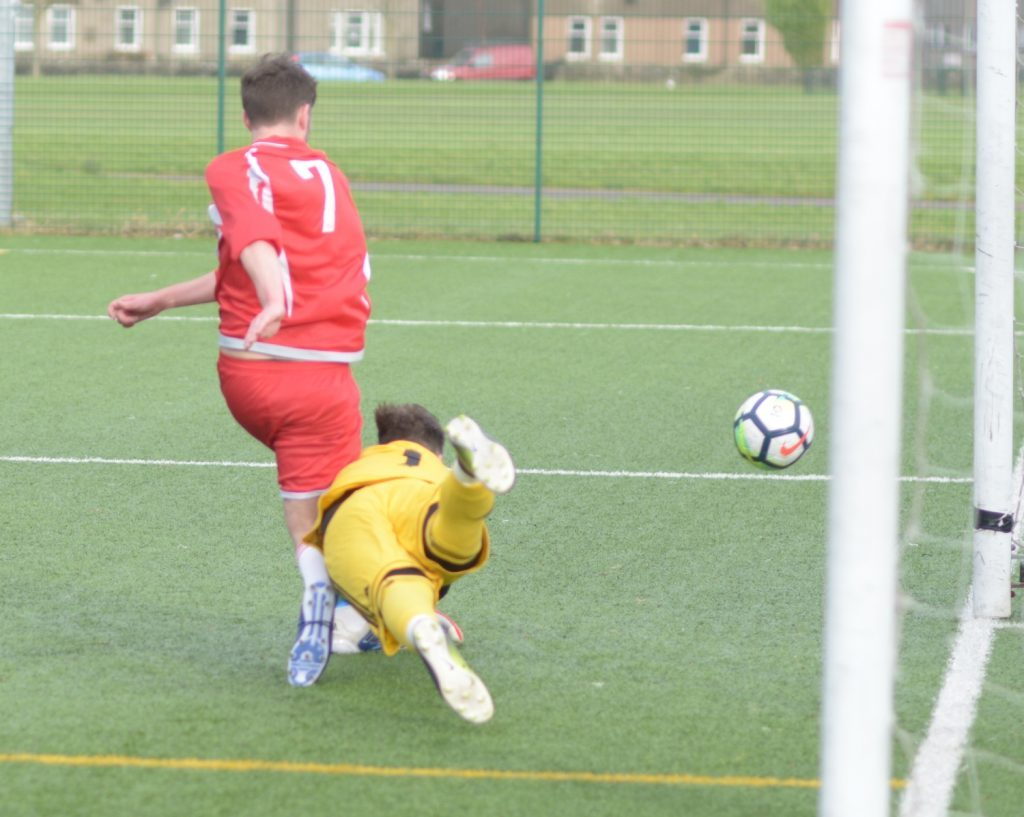 Martin McCallum marches in as Pupils battle for a point