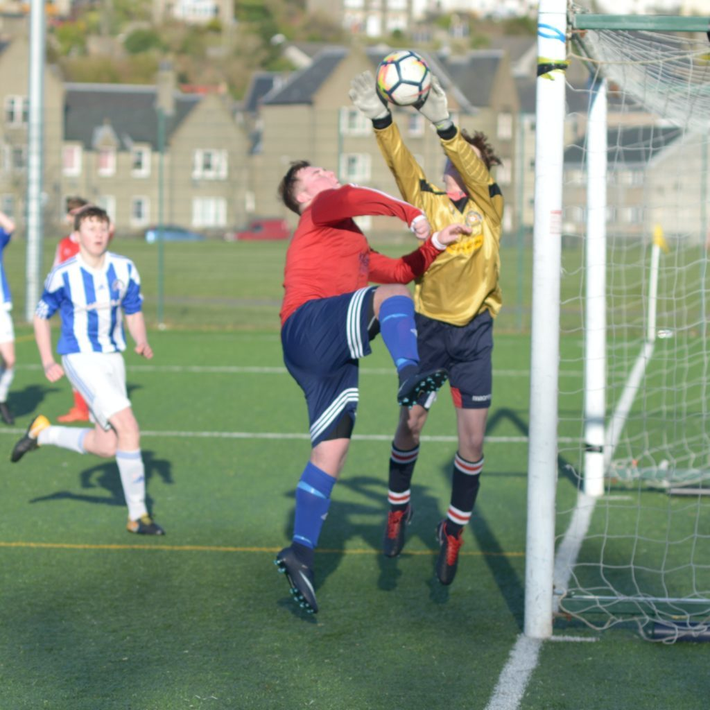 Goalie scores but Pupils U16s' attack came too late