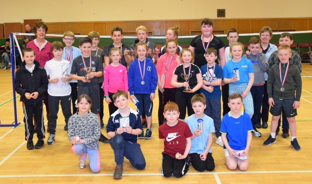 Badminton battles as top primary prizes netted