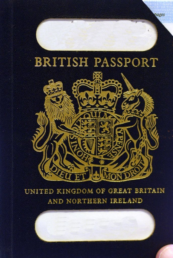 Letter: Be patriotic on passport printing