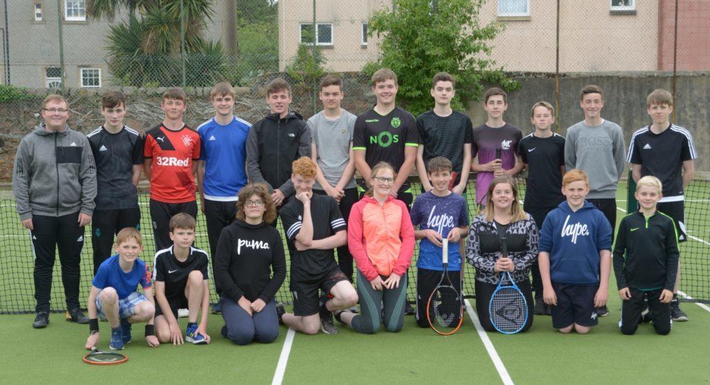 Active Schools' smashing tennis