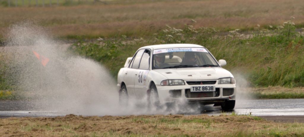 Mach rally team roars into Kintyre