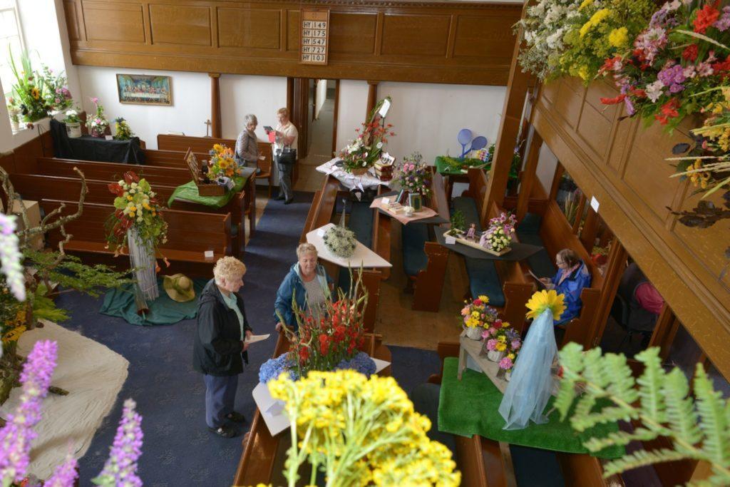 Beautiful blossoms transform 1790s church