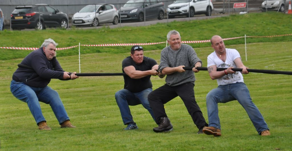 Campbeltown Highland Games heaves into action