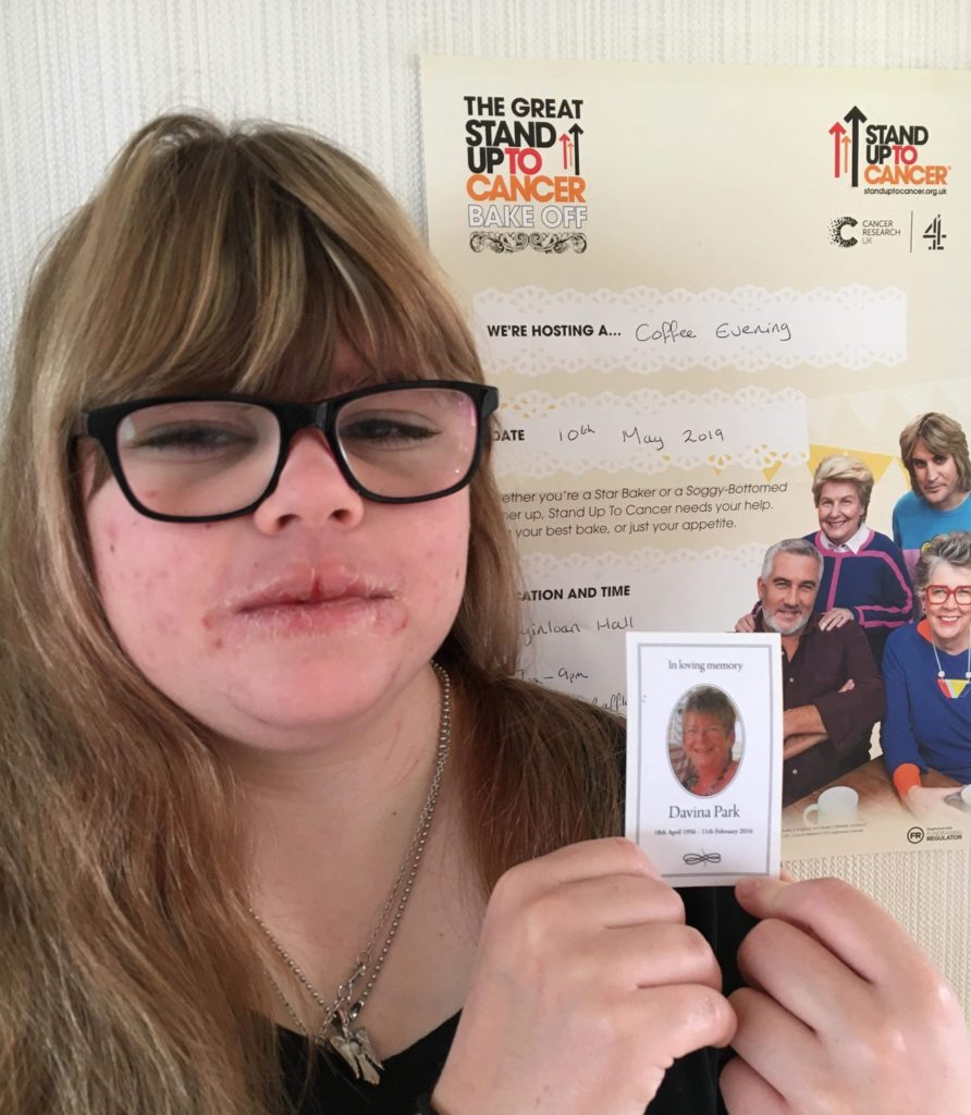 Tayinloan teenager stands up to cancer