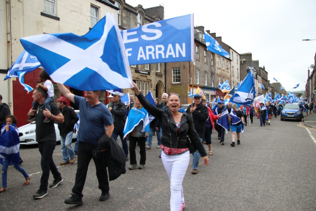 Campbeltown rallies to independence march